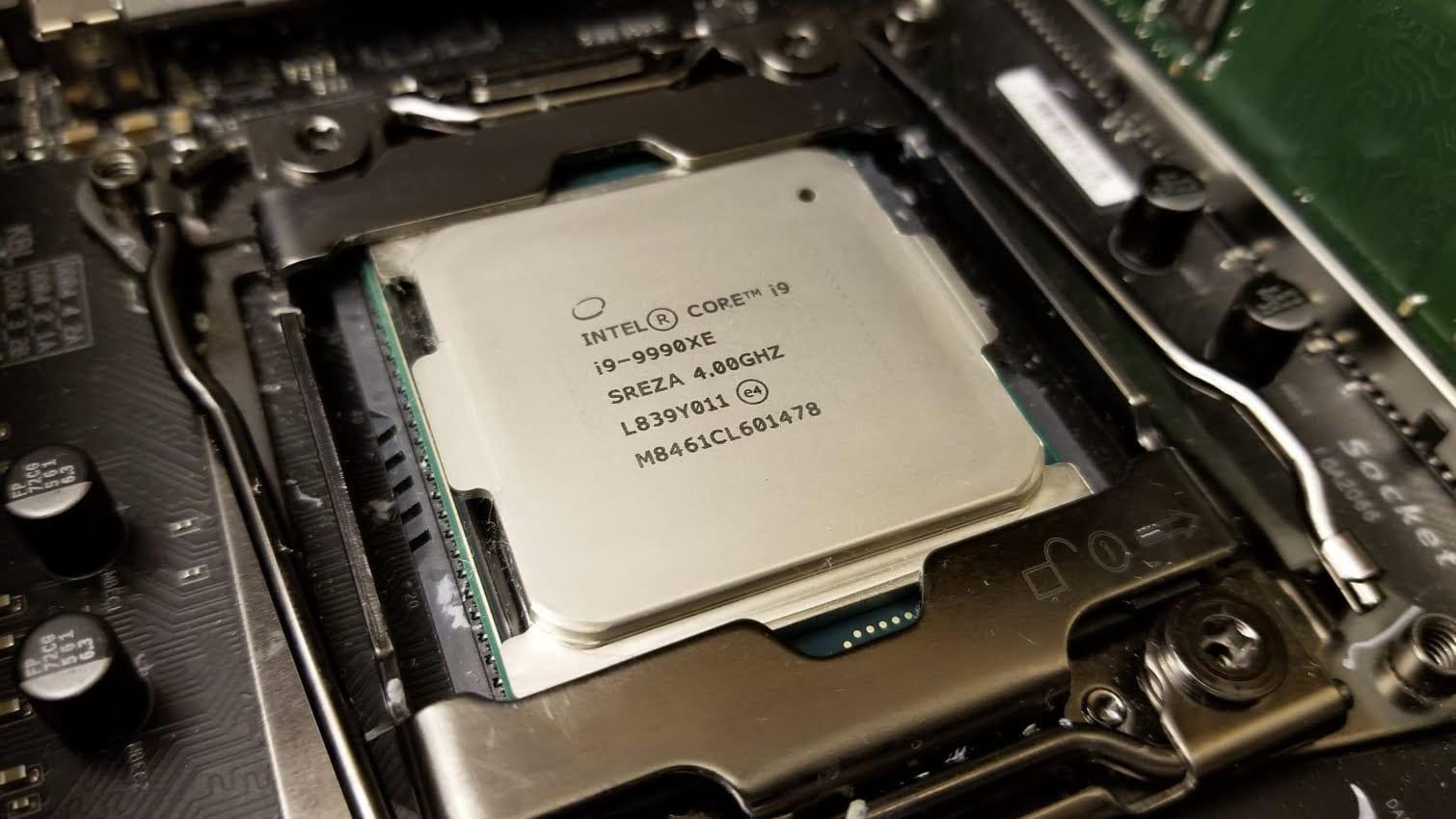 Splave обновил рекорд в  Geekbench3 для 18 ядерных CPU и Core i9 9980XE