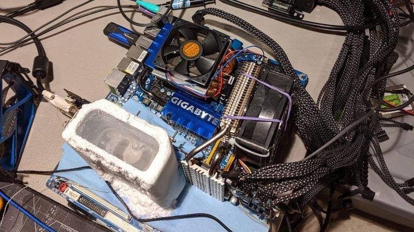 Splave взял золото в дисциплине GPUPI — 1B модельного зачета видеокарты Radeon HD 5870