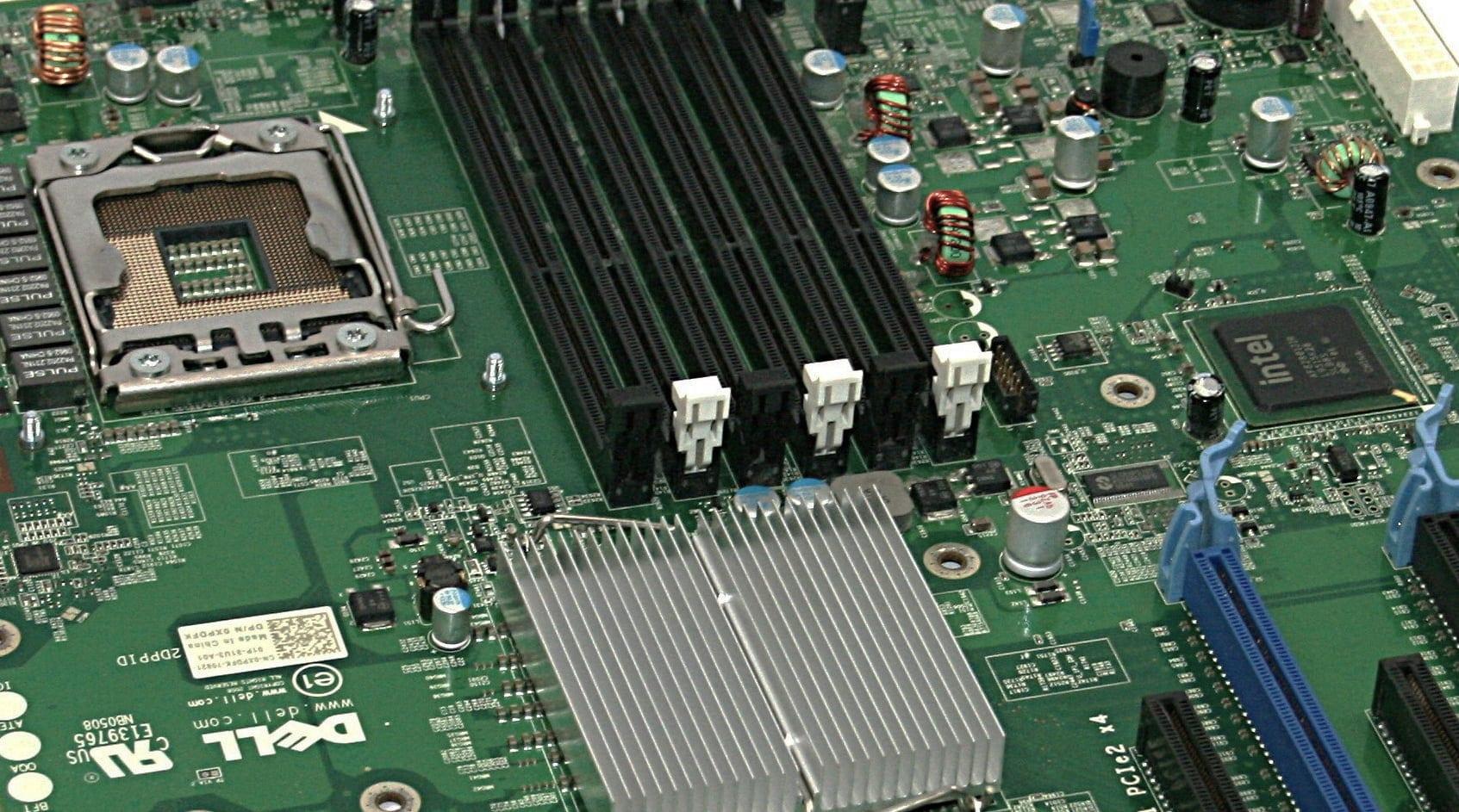Ультра-дешевый LGA1366: Обзор и тестирование материнской платы DELL T3500 (09KPNV)