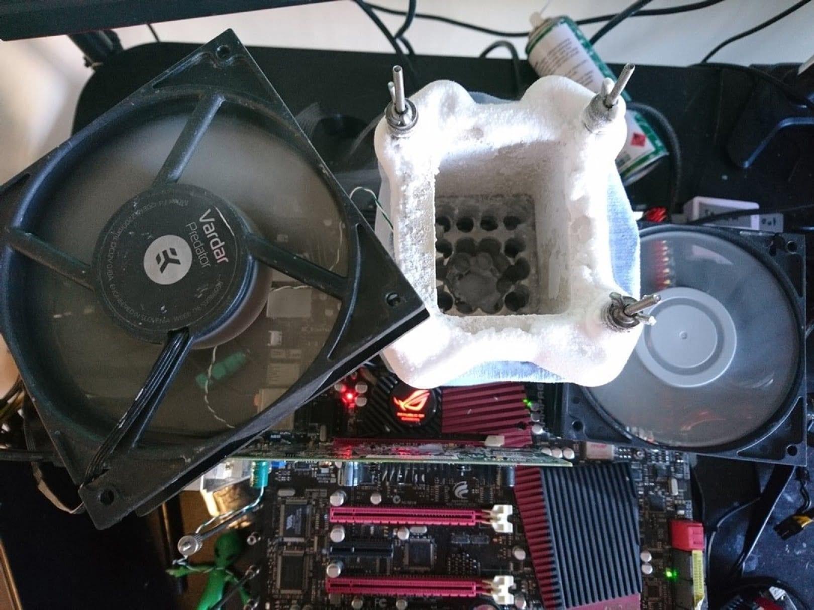 unityofsaints установил два рекорда в модельном зачете чипа Intel Core i7-930